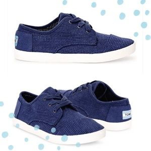 NWT TOMS Ink canvas perforated sneakers size 6.5